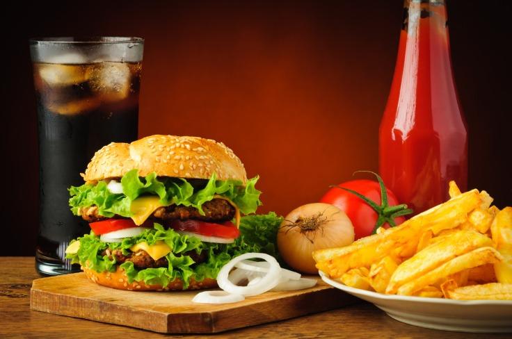 5-zasad-jedzenia-fast-foodow-podczas-diety